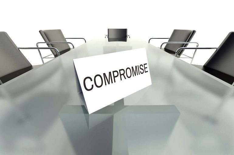 The Abstract Management Compromise: Getting the Best of Both Worlds